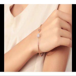 ❤️Adjustable crystal double heart cuff bracelet